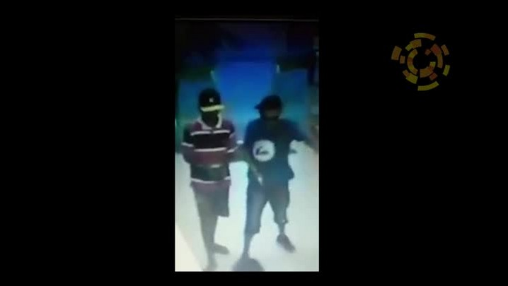 Jovens assaltam farmácia no Centro de Itapema