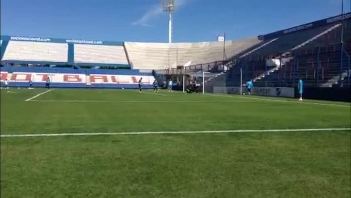 Confira como foi o treinamento do Grêmio em Montevidéu - 12/02/2014
