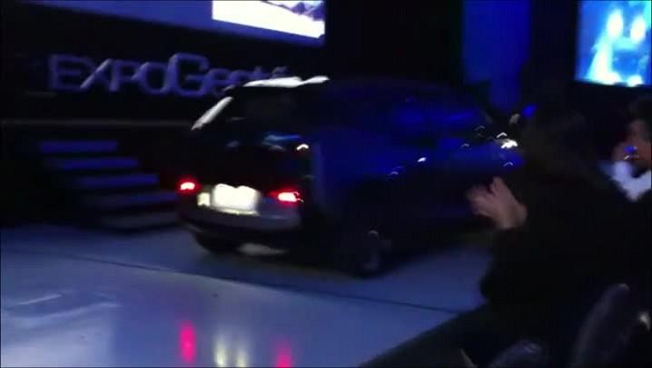A primeira apresentação do BMW i3 no Brasil foi no auditório da Expogestão, sexta-feira, em Joinville.