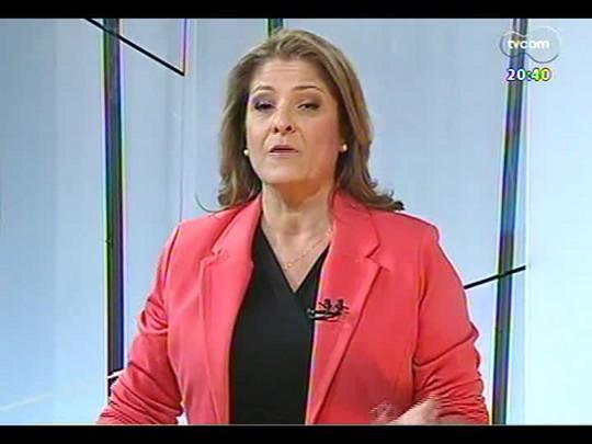 TVCOM Tudo Mais - \'Rede Social\': Fernanda Pandolfi conversa sobre o \'Baile da Favorita\'