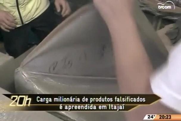 TVCOM 20 Horas - Carga milionária de produtos falsificados é apreendida em Itajaí - 10.06.15