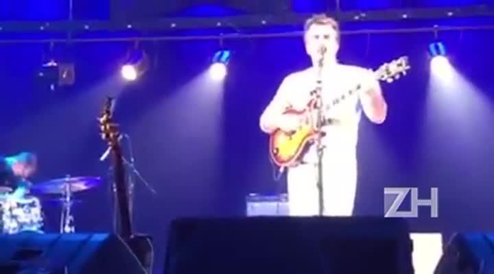 Tim Ries, saxofonista da banda dos Rolling Stones, dá uma canja em show de Antonio Villeroy
