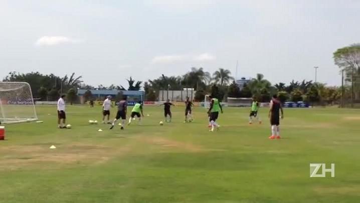 Após derrota para o América-MG, Inter treina em Belo Horizonte