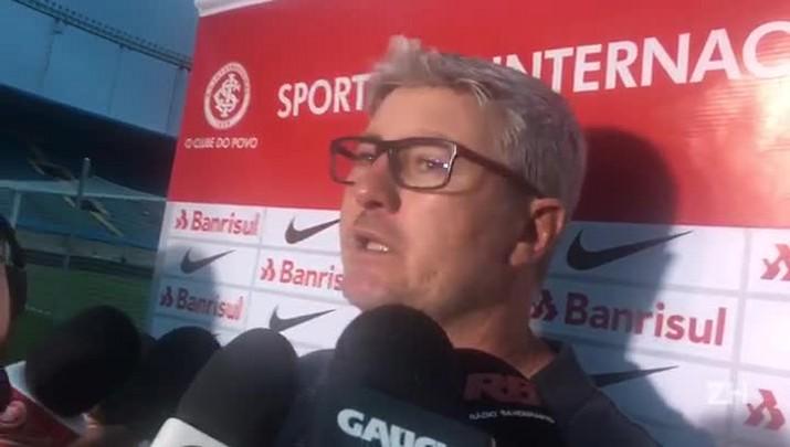 Odair Hellmann analisa a vitória do Inter sobre o Goiás
