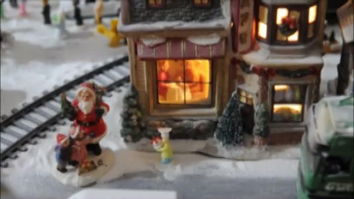 Em clima de Natal, uma cidade encantada no Bairro Humaitá