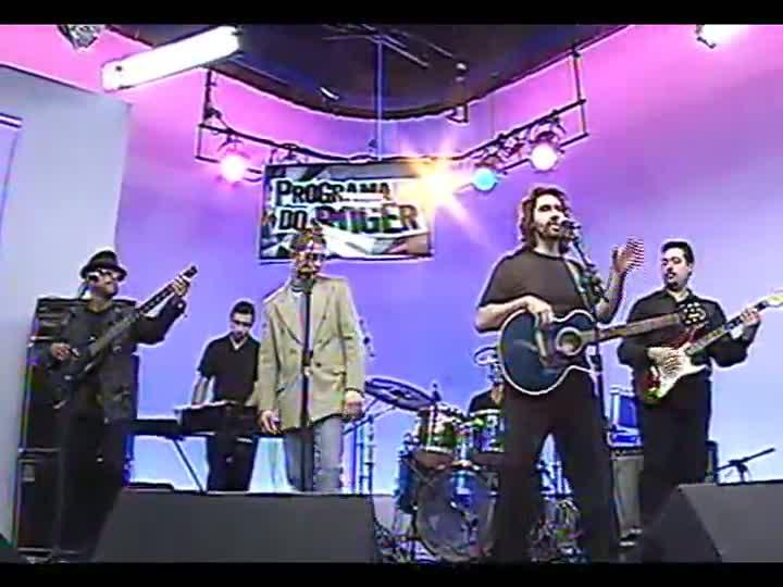 Programa do Roger - especial - Gemini Bee Gees tocam \'More than a woman\'