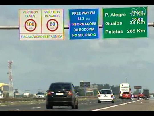 TVCOM 20 Horas - Operação Viagem Segura: Polícia investiga acidente que matou três e Brigada promete reforço na fiscalização - Bloco 1 - 06/01/2014