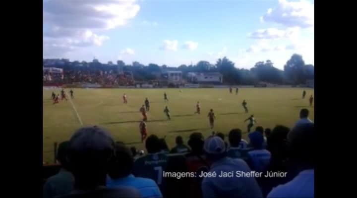 Gol anulado no clássico Rio-Nal 261