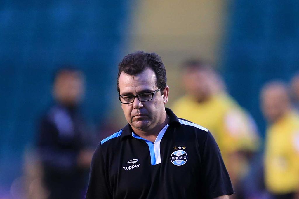 Pós-jogo ZH: Enderson precisa vencer na Libertadores para manter emprego
