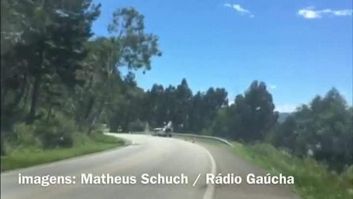 Conheça a curva onde ocorreu o acidente com o ônibus catarinense na BR-282