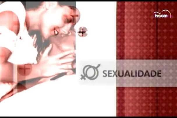 TVCOM Tudo+ - Pesquisa aponta que homens se apaixonam mais do que mulheres: quadro sexualidade - 26.02.15