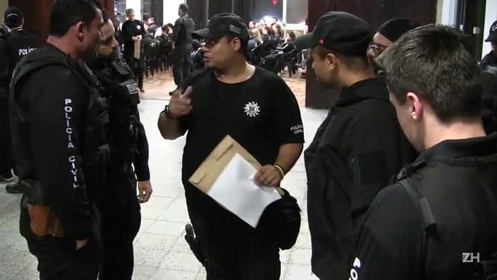 Polícia desarticula pontos de tráfico que funcionavam na rua do fórum da Restinga