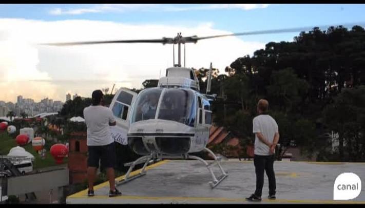 Passeio de helicóptero é uma das opções de lazer na Festa da Uva de Caxias