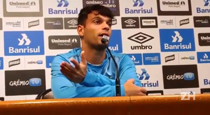 Thyere fala sobre sequência como titular no Grêmio