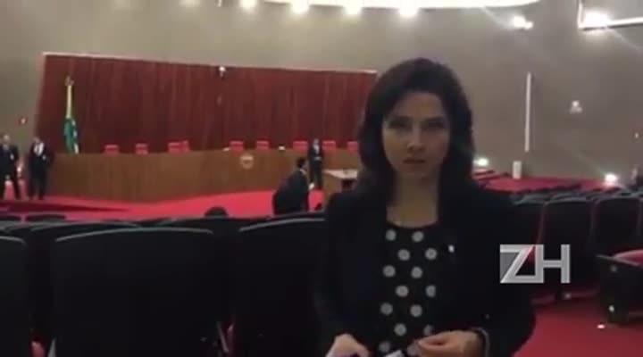 Carolina Bahia: adiamento não surpreende
