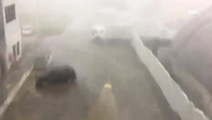 Chuva de granizo causa estragos em Pelotas