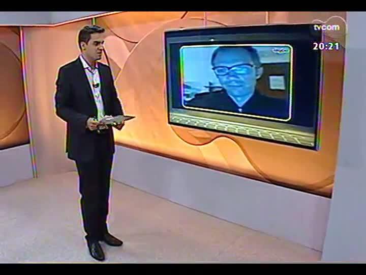 TVCOM 20 Horas - Correspondente Daniel Scola fala ao vivo do Vaticano - Bloco 3 - 14/03/2013