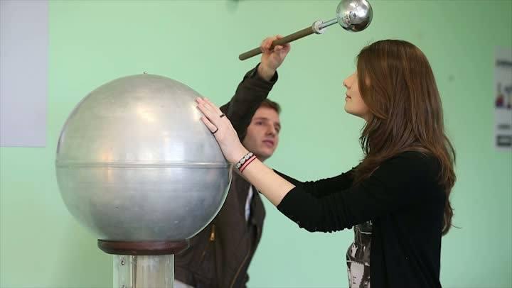 Vestibular - Profissional formado em Física