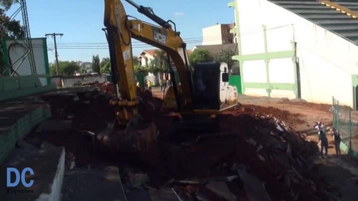 Começam as obras na Arena Condá