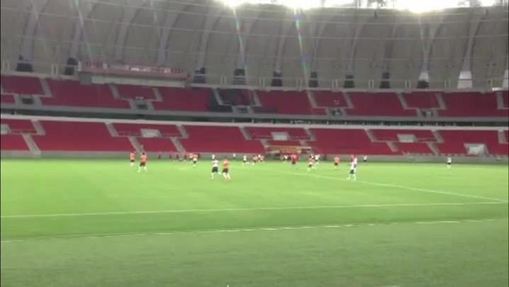 Confira como foi o treinamento do Inter dentro do Beira-Rio - 12/06/2014