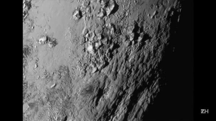 Plutão ganha imagens em alta resolução