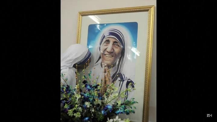 Madre Teresa será canonizada por cura de brasileiro