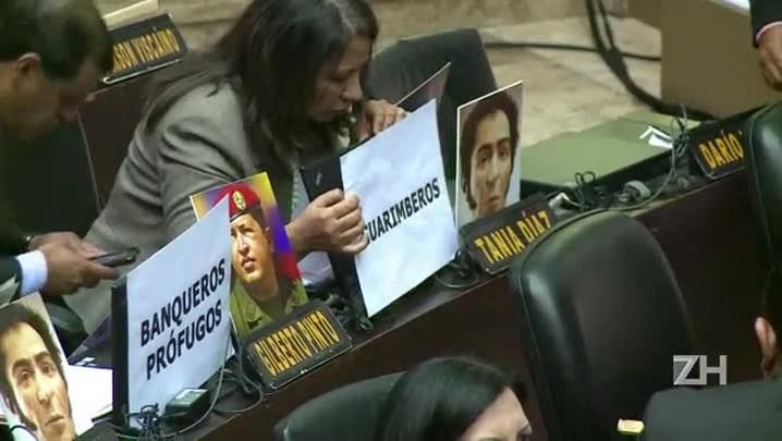 Parlamento da Venezuela aprova lei de anistia