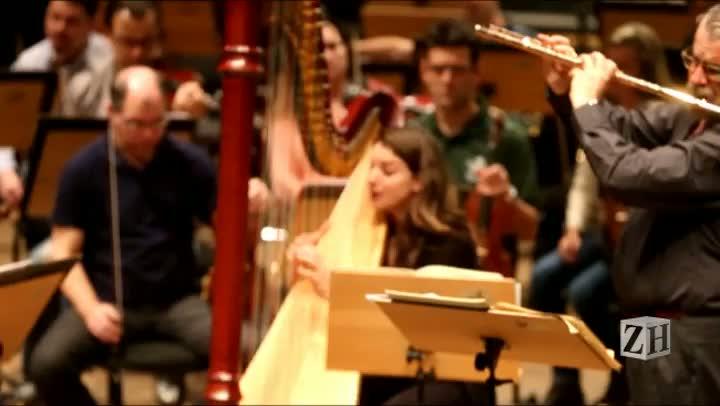 Ensaio da OSPA com a harpista Bridget Kibbey e o maestro Ransom Wilson