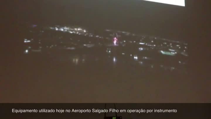 Infraero estima para janeiro funcionamento de equipamento que melhora operação do Aeroporto Salgado Filho. 16/07/2013