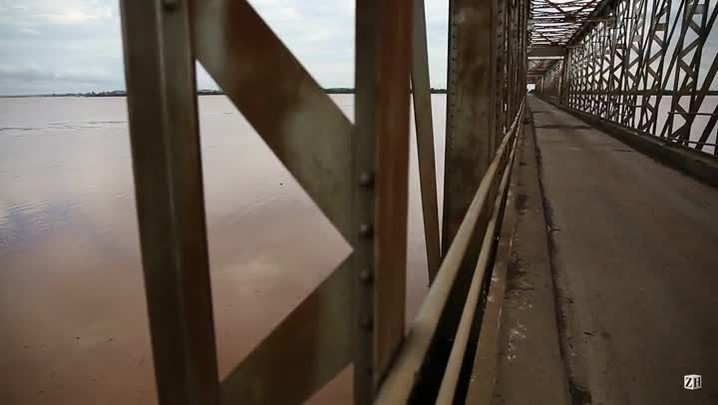 Ponte segue interditada na Fronteira Oeste