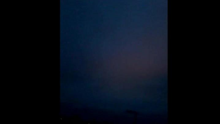 Céu durante a explosão em transformador da Celesc em Mafra