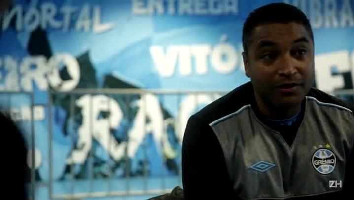 Roger fala sobre primeiras semanas como técnico do Grêmio