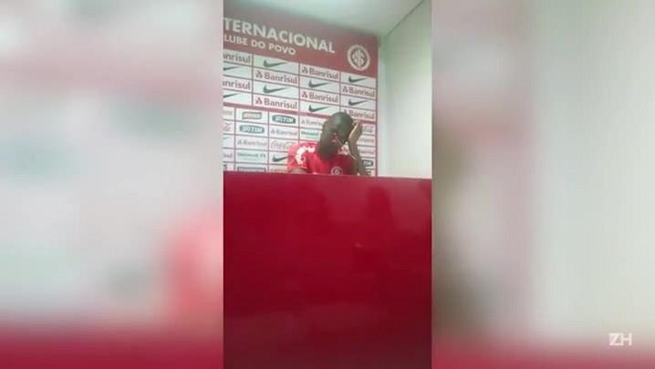Juan admite salários atrasados no Inter