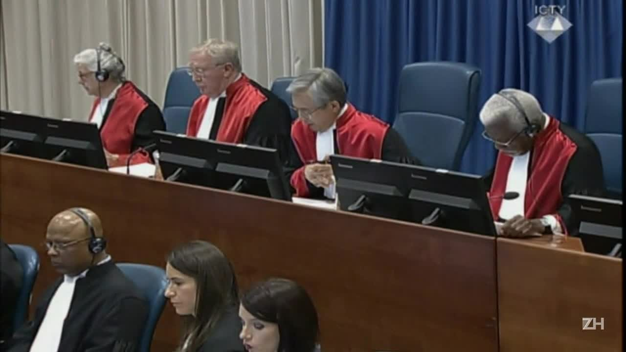 Radovan Karadzic é condenado por genocídio