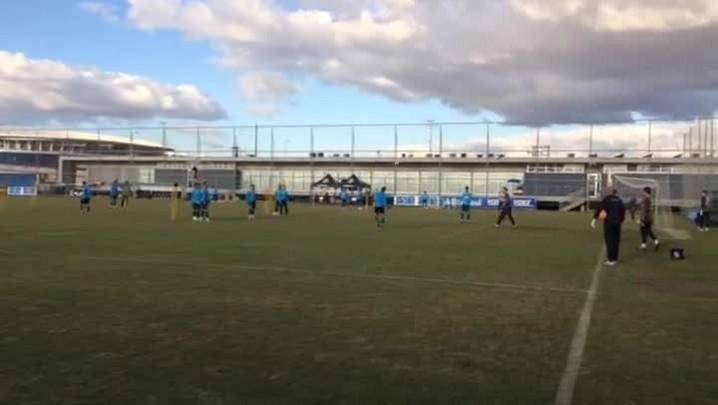 Grêmio treina para confronto com o Flamengo