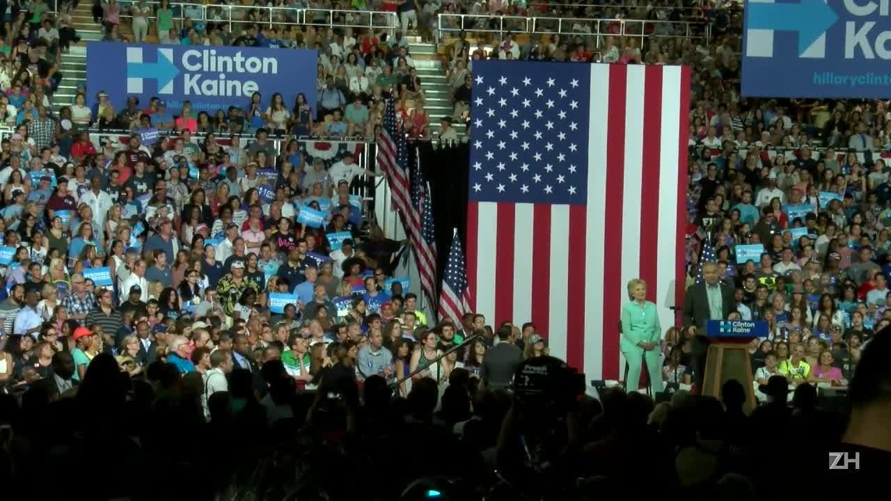 Hillary Clinton é proclamada candidata democrata à presidênciademocrata à presidência