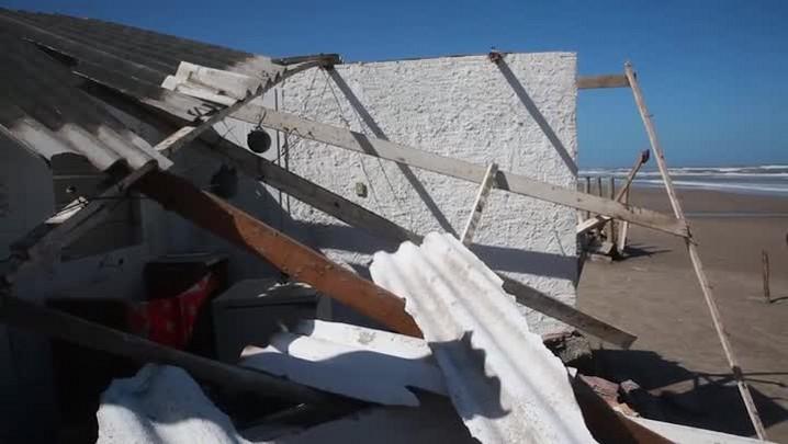 Moradores de Hermenegildo sofrem com ciclone extratropical