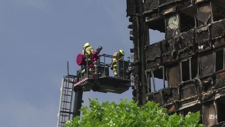Número de mortos em incêndio em Londres chega a 30