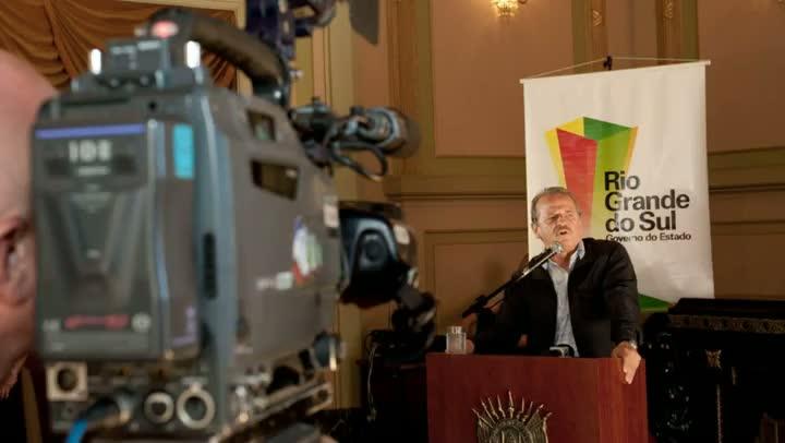 Governador Tarso Genro fala sobre incêndio na boate Kiss