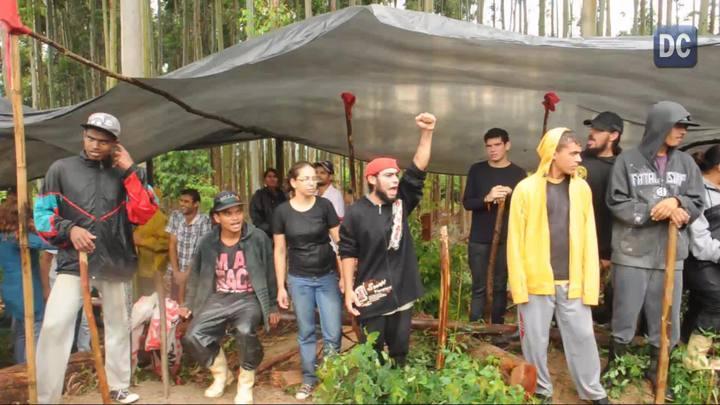 Rui Fernando, coordenador da Ocupação Amarildo, diz o motivo da pretendida mudança temporária para a SC-406