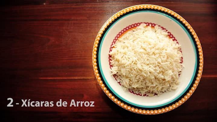 Confira como preparar um saboroso arroz de forno