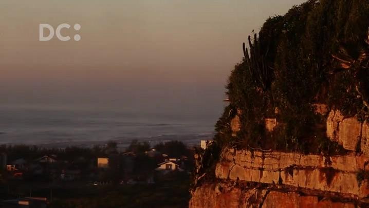 #DCpelaspraias: o espetáculo do nascer do sol no Morro dos Conventos, em Araranguá