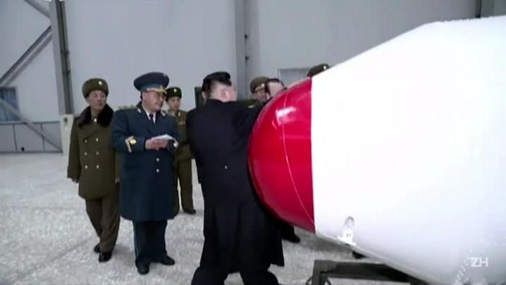 Coreia do Norte desafia Japão e EUA com lançamento de míssil