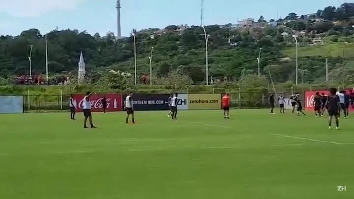 Ceará treina com o Inter