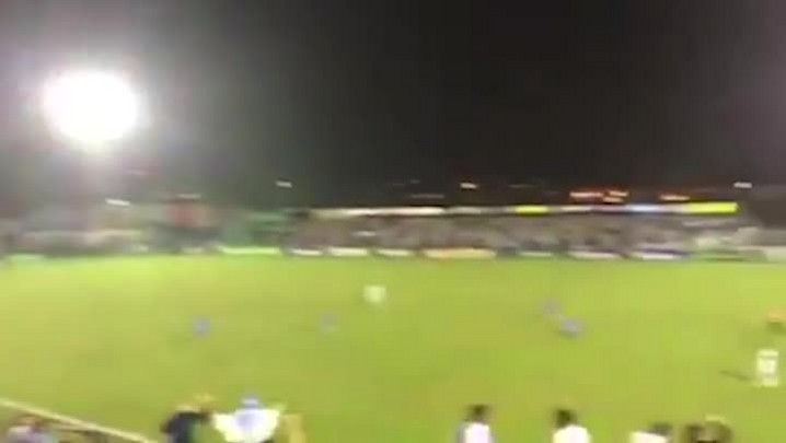 Torcedor do Novo Hamburgo cai de arquibancada no Estádio do Vale