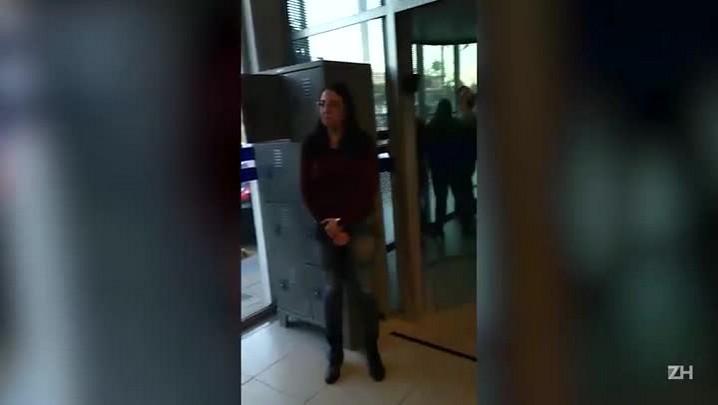 Confusão em agência bancária resulta na prisão de dois vigilantes por desacato
