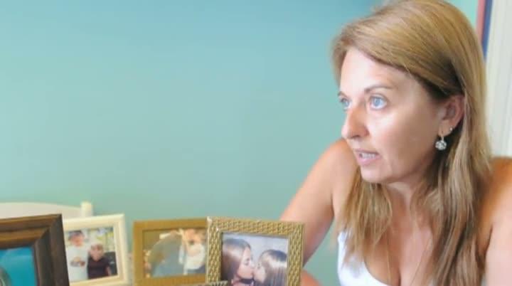 Depoimento da mãe que espera pela filha presa em Londres