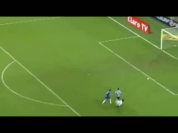 De Olho na Arbitragem: Grêmio 1 x 2 Cruzeiro - derrota gremista teve gol irregular. 29/03/2013