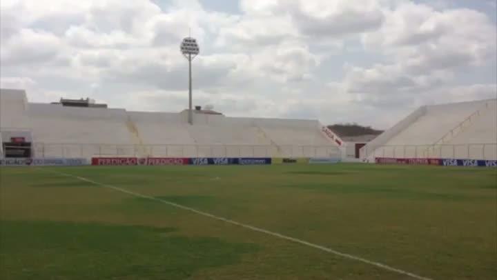 Conheça o estádio do Salgueiro. 29/08/2013
