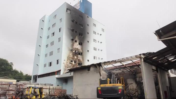 Morador do prédio Telharte fala sobre incêndio